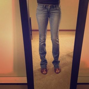 Hollister 1R Low Rise Bootcut Jeans
